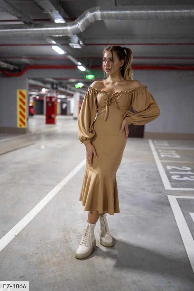 Платье миди облягающего силуэта  EZ-1866 беж
